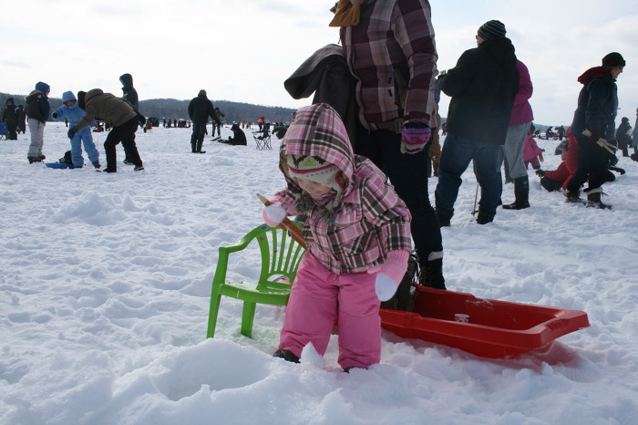 Go ice fishing for free this family day weekend for Go ice fish