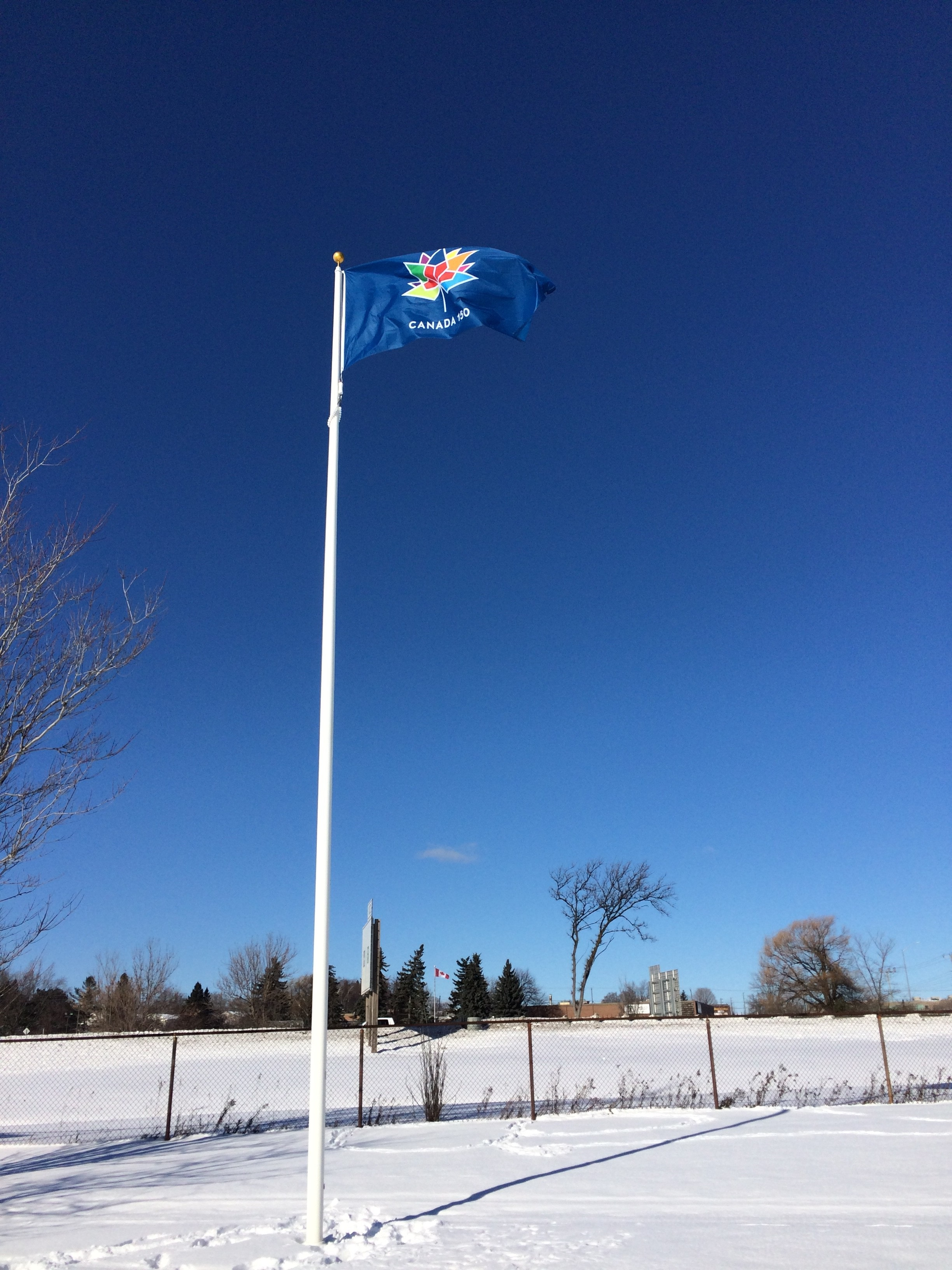 Flags unlimited offers flag etiquette ahead of canada 150 for 3 flag pole etiquette