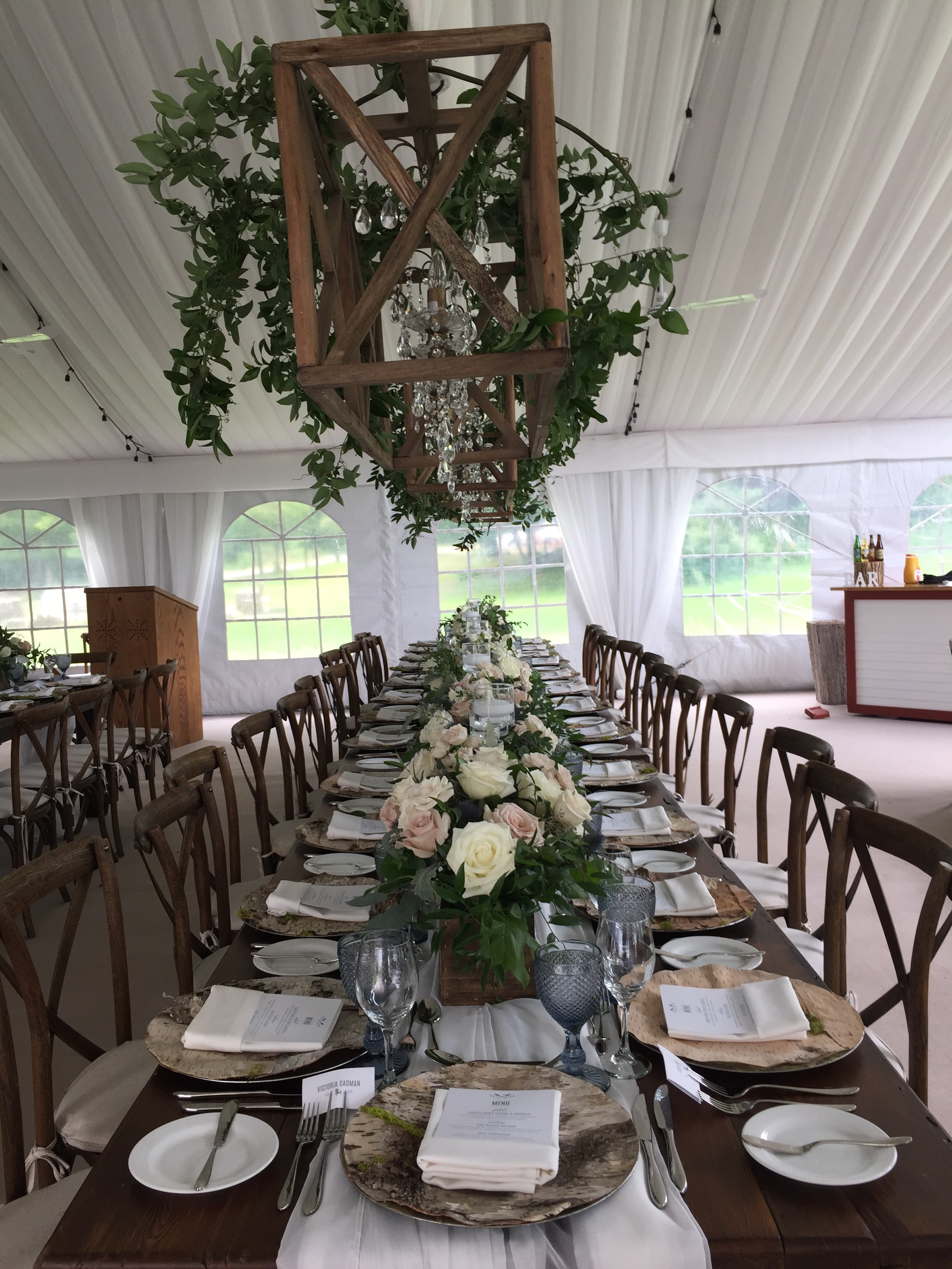 Muskoka411 Gets Action Table Stolen From Windermere House Wedding
